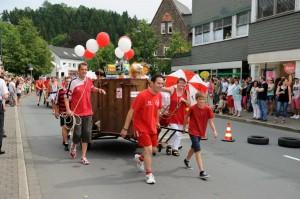 K800_Schubkarrenrennen Morsbach_20.07.2014_026FotoPKnechtges