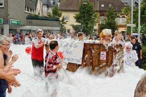 K800_Schubkarrenrennen Morsbach_20.07.2014_033FotoPKnechtges