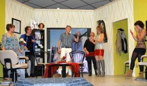 K800_Theatergruppe Morsbach Generalprobe_05.11.2015_129FotoCBuchen