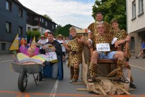 K800_Schubkarrenrennen Morsbach_24.07.2016_013FotoHJSchuh