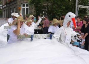 K800_Schubkarrenrennen Morsbach_24.07.2016_047FotoCBuchen